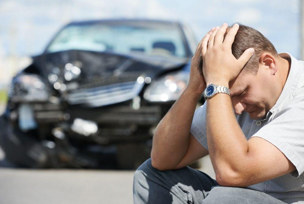 A kötelező felelősségbiztosítás révén a biztosító áll helyt helyettünk, ha gépjárművünkkel másnak jogellenes magatartásunkkal kárt okozunk.